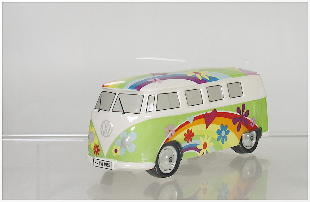 spardose vw bus t 1 flowerpower gr n ebay. Black Bedroom Furniture Sets. Home Design Ideas